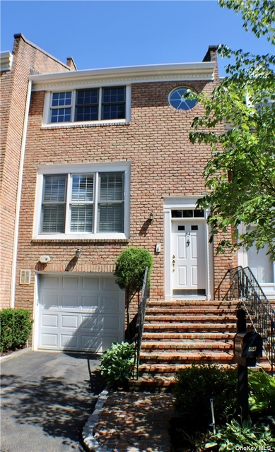 2 Bedrooms, Manhasset Rental in Long Island, NY for $5,300 - Photo 1