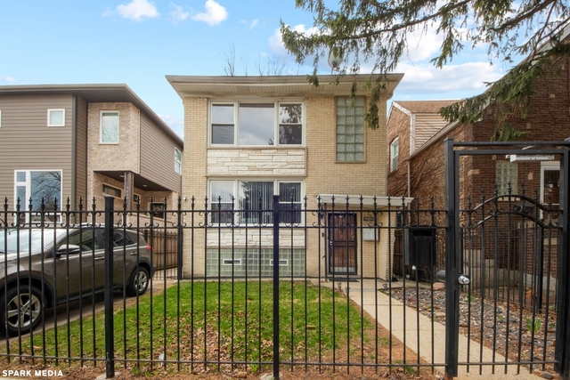 3 Bedrooms, Portage Park Rental in Chicago, IL for $2,100 - Photo 1