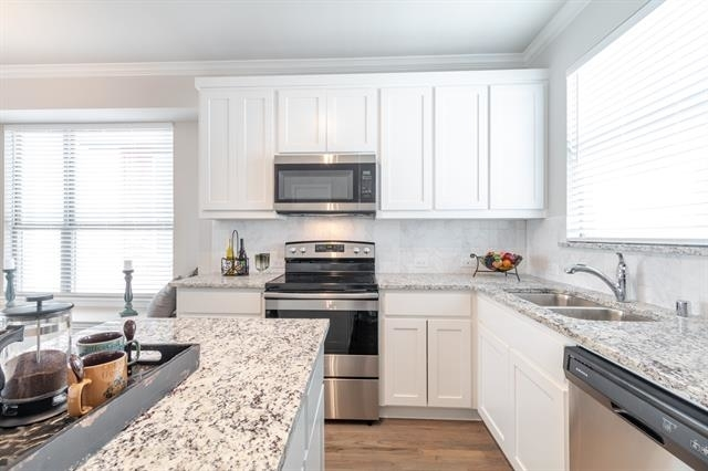 2 Bedrooms, McKinney Rental in Dallas for $2,100 - Photo 1