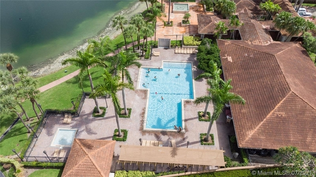 3 Bedrooms, Villa Homes at The Moors Rental in Miami, FL for $2,300 - Photo 1