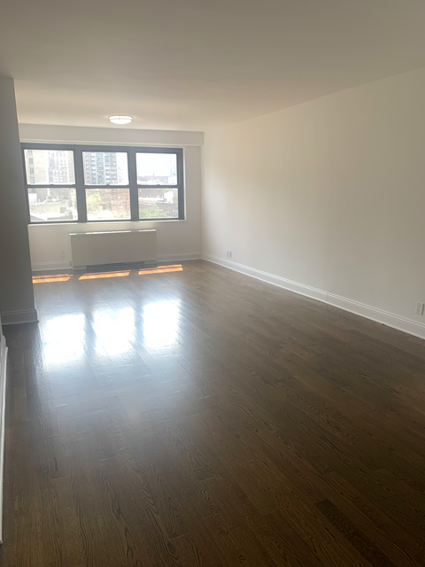 1 Bedroom, Yorkville Rental in NYC for $3,092 - Photo 1