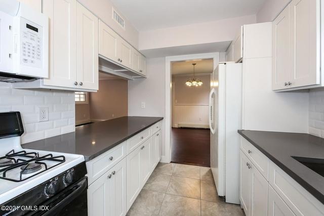 2 Bedrooms, Greenwich Rental in Bridgeport-Stamford, CT for $4,000 - Photo 1