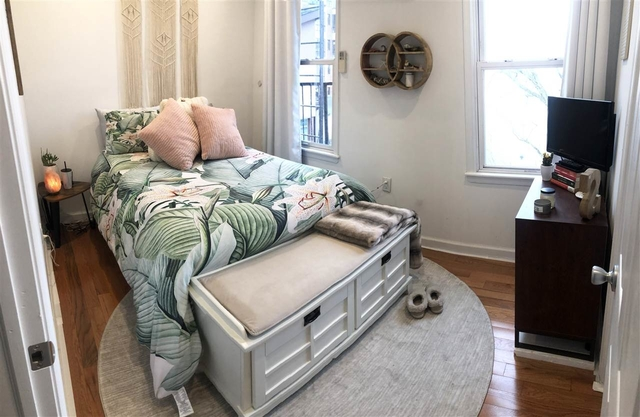 2 Bedrooms, The Village Rental in NYC for $1,900 - Photo 1