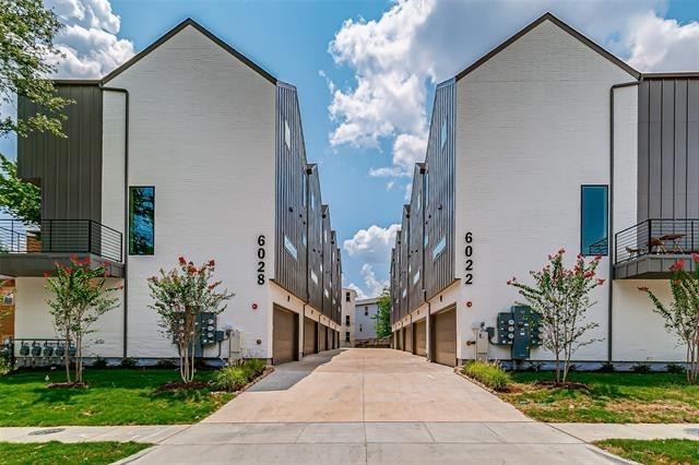 2 Bedrooms, Belmont Rental in Dallas for $3,095 - Photo 1
