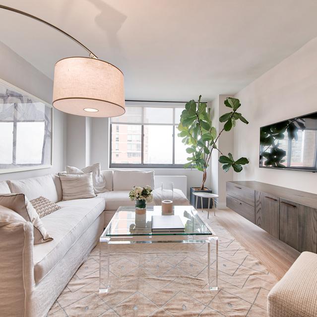 1 Bedroom, Rosemoor Rental in Chicago, IL for $3,300 - Photo 1