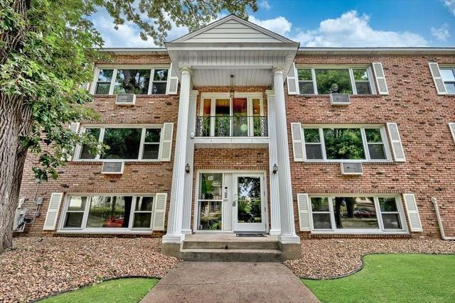 2 Bedrooms, Stevens Square Rental in Minneapolis-St. Paul, MN for $1,425 - Photo 1
