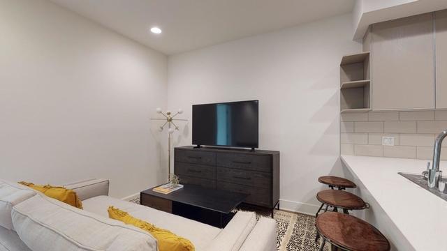 Room, Sherman Oaks Rental in Los Angeles, CA for $1,400 - Photo 1