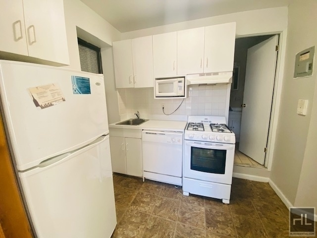 3 Bedrooms, East Village Rental in NYC for $4,210 - Photo 1