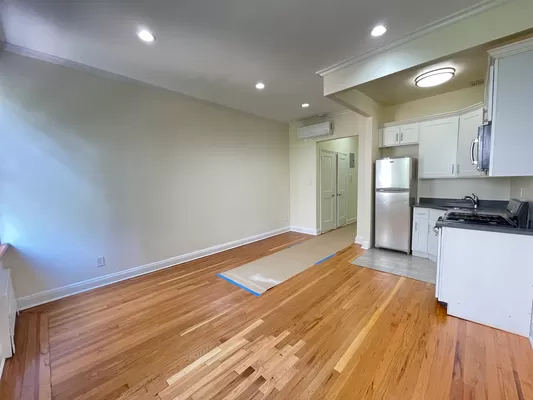 Studio, Lincoln Square Rental in NYC for $2,252 - Photo 1
