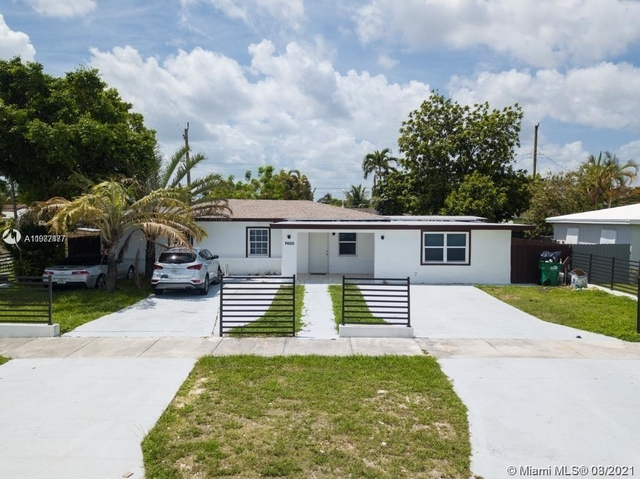 4 Bedrooms, Coral Terrace Rental in Miami, FL for $4,900 - Photo 1