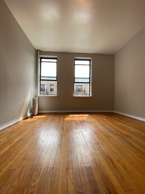 3 Bedrooms, Washington Heights Rental in NYC for $3,275 - Photo 1