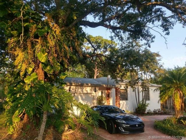 2 Bedrooms, Cocoplum Terrace Rental in Miami, FL for $2,700 - Photo 1