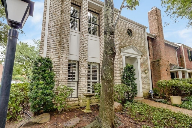 3 Bedrooms, Woodway Point Condominiums Rental in Houston for $2,400 - Photo 1
