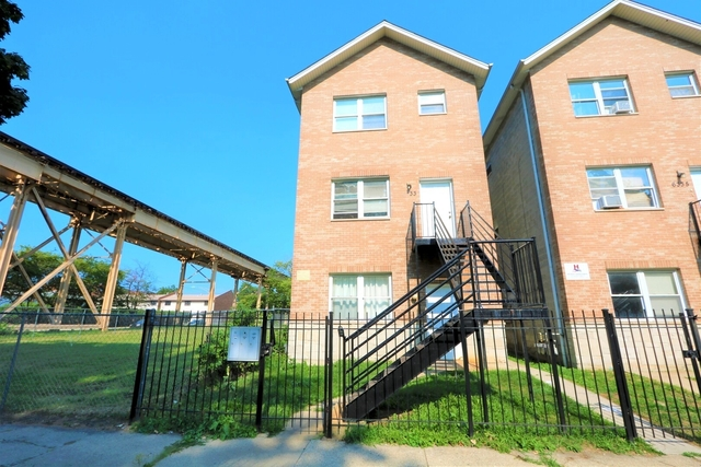 3 Bedrooms, Englewood Rental in Chicago, IL for $1,300 - Photo 1