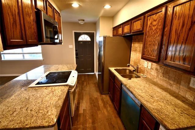 3 Bedrooms, Fairlane Park Rental in Dallas for $1,895 - Photo 1