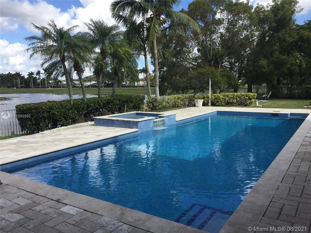 5 Bedrooms, Hollywood Lakes Country Club Rental in Miami, FL for $5,900 - Photo 1