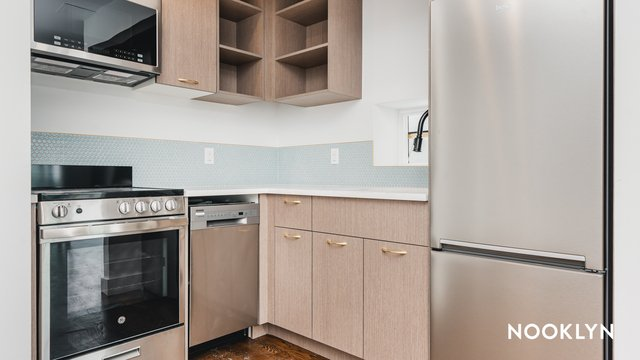 2 Bedrooms, Flatbush Rental in NYC for $2,585 - Photo 1