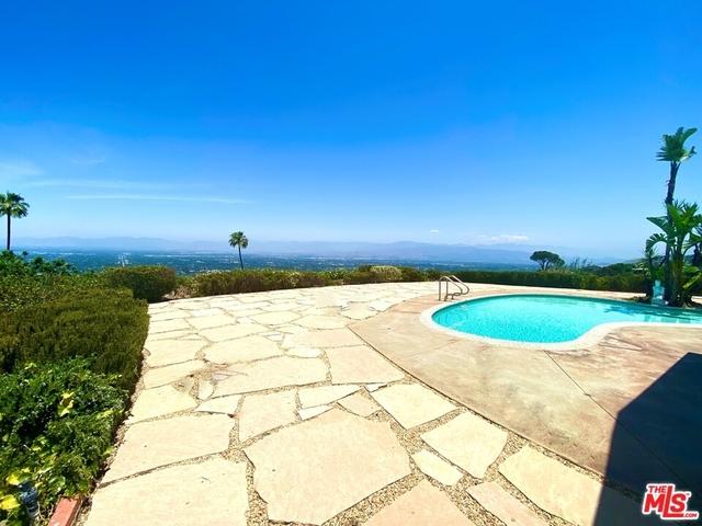 4 Bedrooms, Sherman Oaks Rental in Los Angeles, CA for $15,000 - Photo 1
