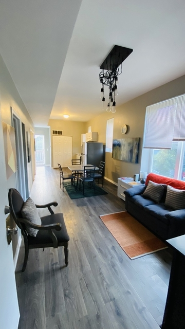 2 Bedrooms, Lawndale Rental in Chicago, IL for $1,000 - Photo 1