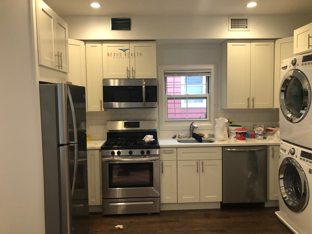 3 Bedrooms, Astoria Heights Rental in NYC for $2,400 - Photo 1