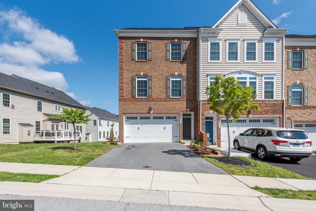 3 Bedrooms, Ellicott City Rental in Baltimore, MD for $3,600 - Photo 1