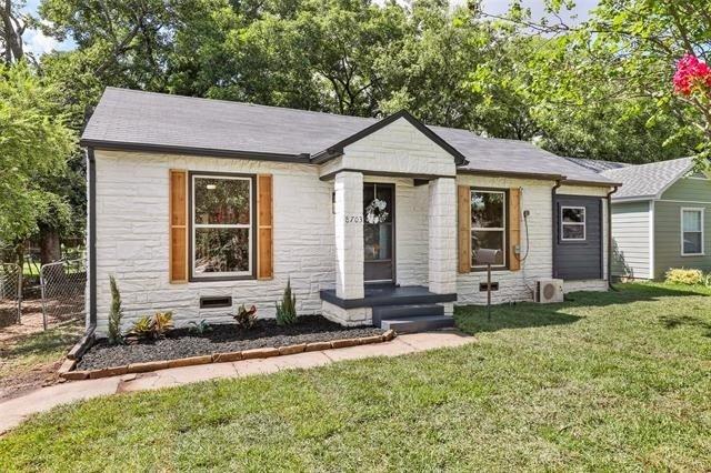 2 Bedrooms, Little Forest Hills Rental in Dallas for $2,100 - Photo 1