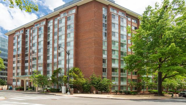Studio, Connecticut Avenue - K Street Rental in Washington, DC for $2,267 - Photo 1