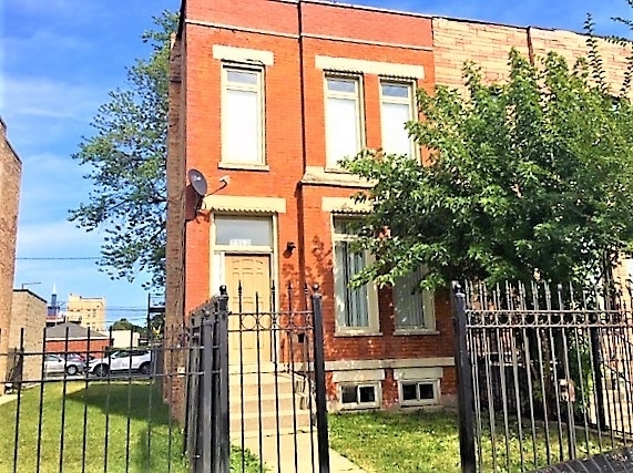 3 Bedrooms, Lawndale Rental in Chicago, IL for $3,100 - Photo 1