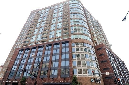 3 Bedrooms, River North Rental in Chicago, IL for $5,000 - Photo 1
