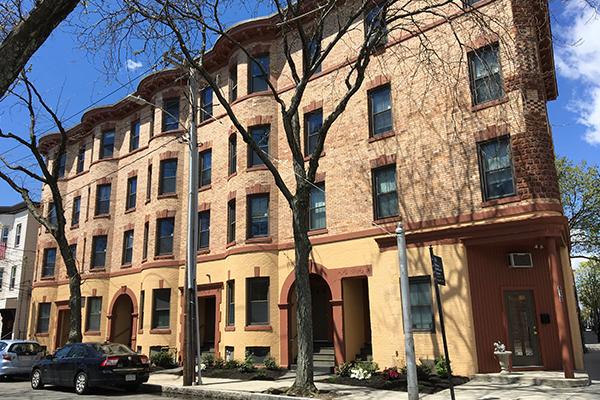 2 Bedrooms, Wellington - Harrington Rental in Boston, MA for $2,400 - Photo 1