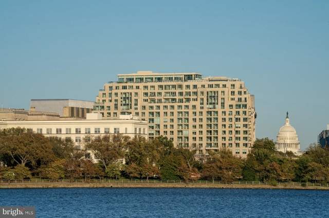 1 Bedroom, Southwest Employment Area Rental in Washington, DC for $4,455 - Photo 1
