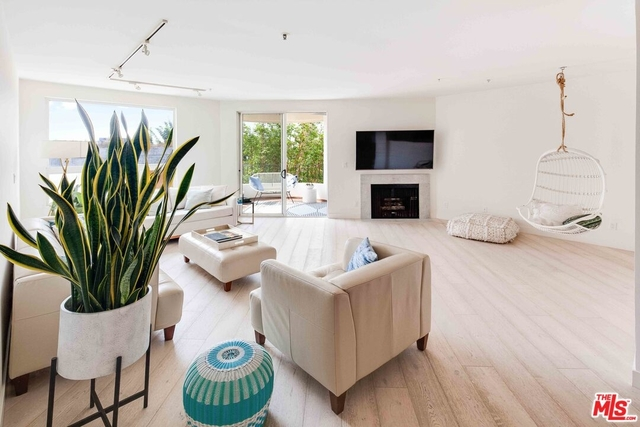 2 Bedrooms, Venice Beach Rental in Los Angeles, CA for $5,500 - Photo 1