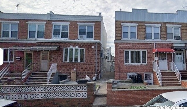 3 Bedrooms, Mapleton Rental in NYC for $2,400 - Photo 1
