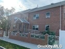 2 Bedrooms, Fresh Meadows Rental in NYC for $2,450 - Photo 1