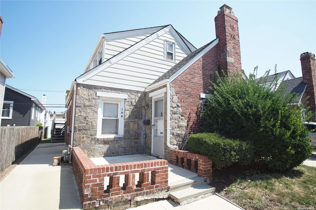 2 Bedrooms, Presidents Streets Rental in Long Island, NY for $3,200 - Photo 1