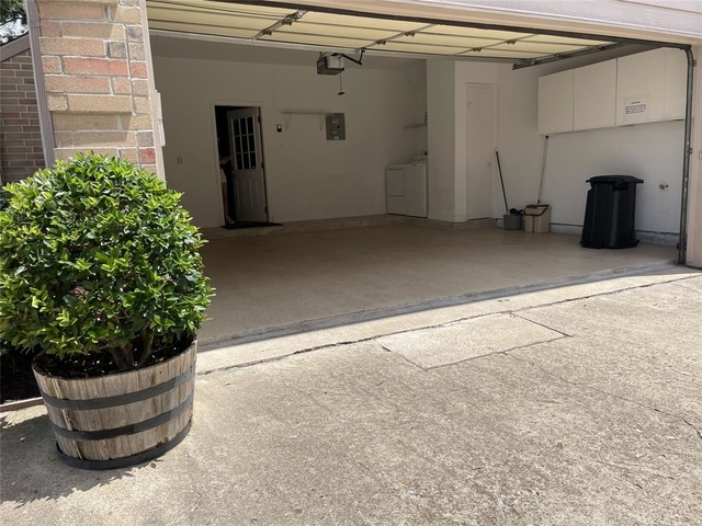 2 Bedrooms, Westchase Forest Condominiums Rental in Houston for $2,100 - Photo 1