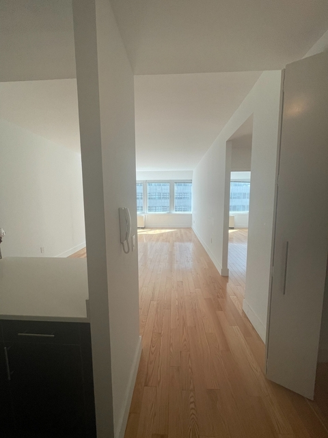 1 Bedroom, Financial District Rental in NYC for $4,350 - Photo 1