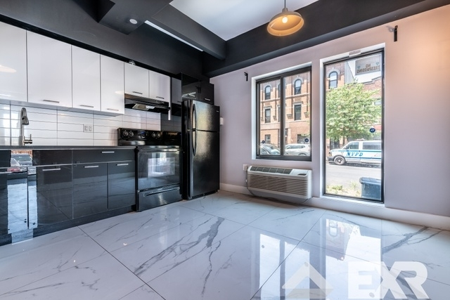 2 Bedrooms, Weeksville Rental in NYC for $2,750 - Photo 1