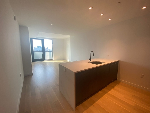 2 Bedrooms, East Williamsburg Rental in NYC for $4,837 - Photo 1