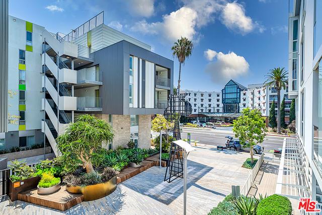 2 Bedrooms, Downtown Santa Monica Rental in Los Angeles, CA for $7,900 - Photo 1