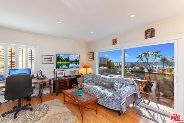2 Bedrooms, Ocean Park Rental in Los Angeles, CA for $4,695 - Photo 1