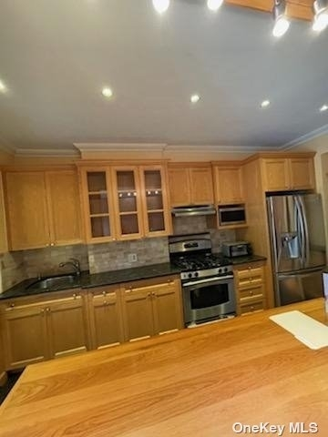 2 Bedrooms, Glendale Rental in NYC for $2,800 - Photo 1