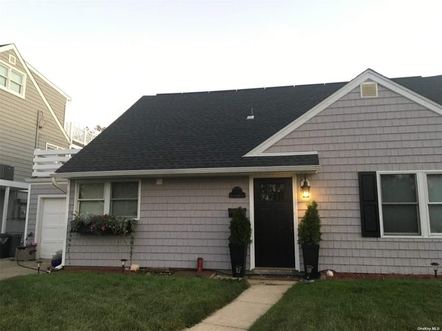 2 Bedrooms, Westholme North Rental in Long Island, NY for $2,650 - Photo 1