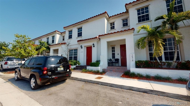 3 Bedrooms, Kendall Commons Rental in Miami, FL for $3,000 - Photo 1