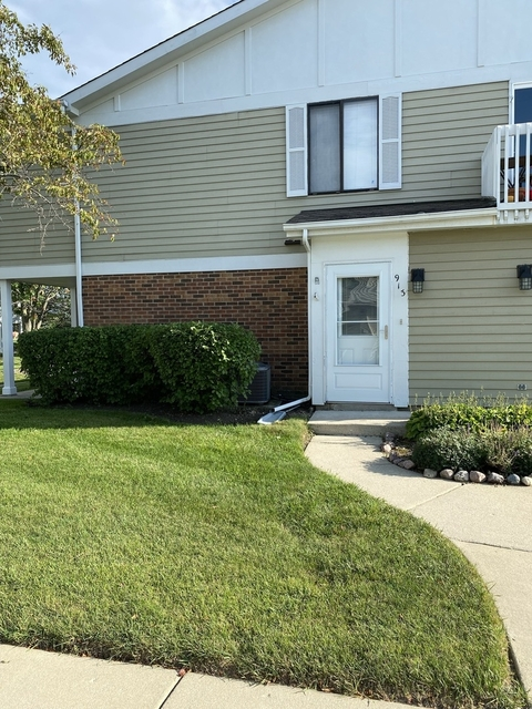 3 Bedrooms, Libertyville Rental in Chicago, IL for $1,850 - Photo 1