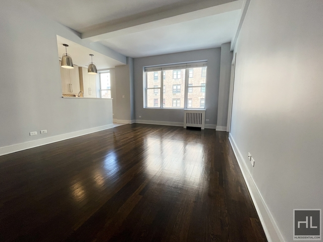 2 Bedrooms, Upper East Side Rental in NYC for $7,909 - Photo 1