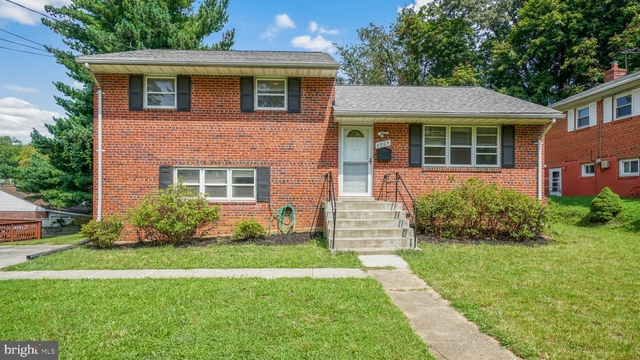 4 Bedrooms, North Bethesda Rental in Washington, DC for $2,595 - Photo 1