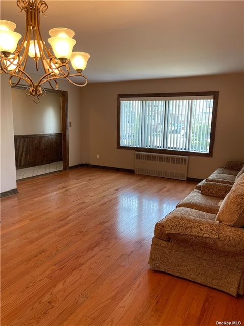 3 Bedrooms, Old Howard Beach Rental in NYC for $3,300 - Photo 1