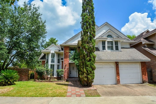 3 Bedrooms, Stonehenge South Rental in Houston for $1,950 - Photo 1