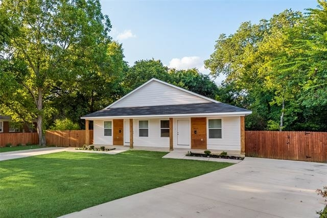 2 Bedrooms, Winnetka Heights Rental in Dallas for $1,650 - Photo 1